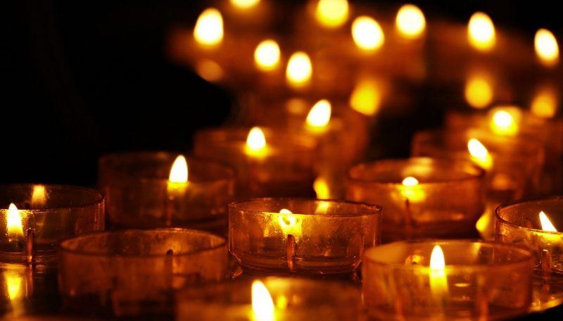En ljus och vacker ceremoni